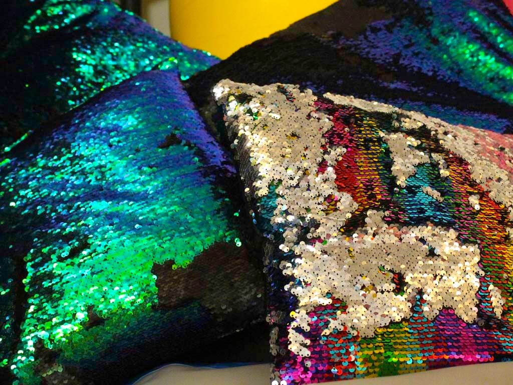 senSI Treatment Sequin Cushions